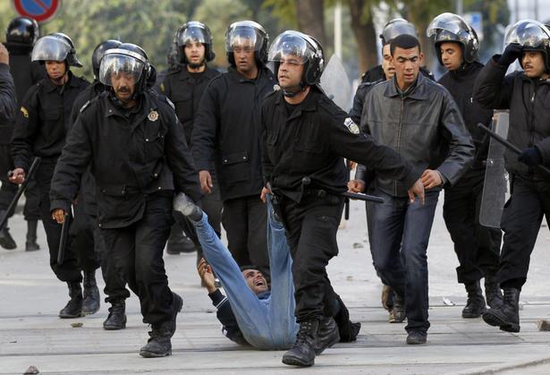 Român despăgubit de CEDO pentru că a fost bătut de poliţişti