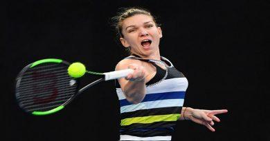 Halep eliminata de la Australian Open