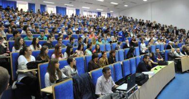 Eurostat: Romania are cei mai putini absolventi de studii superioare